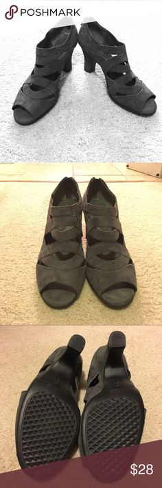 Aerosoles Gray Suede! This is a dressy pump. Contemporary and geometric, soft and comfortable. Lattice like straps and a trendy hidden back zipper round out this open toe design with a 3 inch covered heel. Soft footbed and flexible rubber sole rev up your support and comfort. AEROSOLES Shoes Sandals