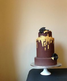 Chocolate cake with a golden twist, Painted By Cakes