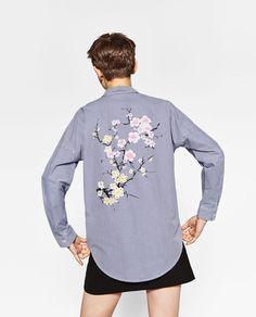 Image 1 of OVERSIZED STRIPED SHIRT from Zara