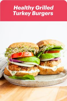 You won't be going back to ketchup, relish and mustard after you try Christal Sczebel's Healthy Grilled Turkey Burgers with Lemon Garlic Basil Aioli. This burger is stacked with tomatoes, onions, sprouts and rich avocado with a creamy sauce! Cooking Turkey Burgers, Grilled Turkey Burgers, Burger Recipes, Meat Recipes, Whole Food Recipes, Basil Aioli, Healthy Grilling, Good Burger, Healthy Recipes For Weight Loss
