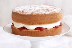 Sponge cake with strawberry & cream  {make 1 double-layered cake – 15cm in diameter or 1 single layer cake – 23 cm in diameter} Ingredients 250g self raising flour 250g caster sugar 250g butte...