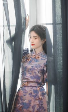 Alice Kim, Girls Dresses, Flower Girl Dresses, Beautiful Chinese Girl, Korean Girl Fashion, Chinese Actress, Girl Pictures, Asian Beauty, Cute Girls
