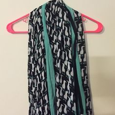 Crown & ivy Penguin scarf Super cute scarf. Mint black and white colors. Very cute and pairs well with anything! Crown & ivy Accessories Scarves & Wraps