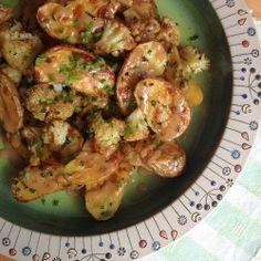 Rezept: Kartoffeln und Blumenkohl aus dem Backofen mit Bagna cauda