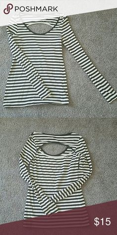 Long Sleeve Shirt Long Sleeve Scoop Neck Keyhole (In The Back) Shirt. Fairly Worn. Fits Snugly. Sleeves Run Into Palms Of Hands.  Color Is Black And Beige. Can Be Worn Off The Shoulders. agent GOLD 81 Tops Tees - Long Sleeve