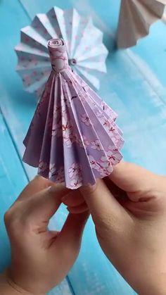 Diy Crafts Love, Diy Crafts Life Hacks, Diy Crafts For Teen Girls, Diy Crafts For Adults, Paper Flowers Craft, Paper Crafts Origami, Diy Crafts For Gifts, Paper Crafts For Kids, Creative Crafts