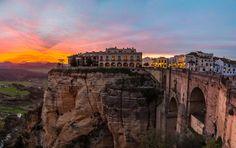 Ronda (Espanha) - Parte da província de Málaga, Ronda é um destino turístico popular por conta de su... - Shutterstock