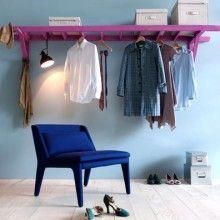 sweet home Wieso nicht einer alten Leiter ein neues Leben geben? Hängen Sie eine Leiter quer an die Wand und Sie bekommen eine Ablagefläche und viel Platz, um Kleider oder andere Dinge aufzuhängen. Das eignet sich auch gut für eine Garage oder einen Estrich.