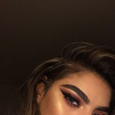 "300 Likes, 31 Comments - SUZETTE (@suzettee.b) on Instagram: ""i'm obsessed w the highlight ✨"""
