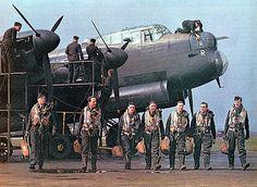 WW2 Lancaster aircrew