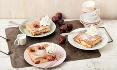 blechkuchen Quick plum cake from the tin, cake quickly Bread Recipes, New Recipes, Cake Recipes, Snack Recipes, Cooking Recipes, Snacks, Plum Cake, Pudding Desserts, Mellow Yellow