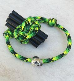 Paracord Armband mit Ring Totenkopf Gekko