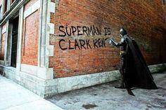 Daniel Picard, Clark Kent Graffiti, 2012 / 2016 © www.lumas.de/ #LumasAction figure,  Actionhero,  Architektur,  Batman,  Comic,  Digital Art,  Fantasie,  Gaudi,  Graffiti,  Haus,  Held,  Heroes,  Konzept,  Laser,  marvel,  Menschen,  Portrait,  Stadt,  Straße,  Superheld,  Superhelden,  Superman