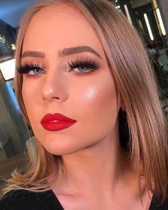ideas party makeup tutorial red lips make up Red Lips Makeup Look, Glam Makeup, Party Makeup, Hair Makeup, Gorgeous Makeup, Love Makeup, Makeup Inspo, Makeup Inspiration, Makeup Ideas
