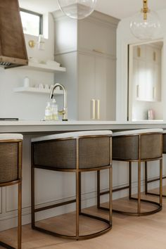 Rustic Home Design, Home Interior Design, Interior Decorating, Kitchen Staging, Kitchen Decor, Kitchen Ideas, Updated Kitchen, New Kitchen, Kitchen Island