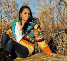 Navajo Women, Native American Girls, Nativity, Wonder Woman, Superhero, Cute, People, Photography, Beauty