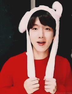 new ideas for baby boy kink baekhyun Baekyeol, Chanbaek, Baby Born Quotes, K Pop, Chanyeol Baekhyun, Xiuchen, Exo Korean, Exo Members, Kpop Groups