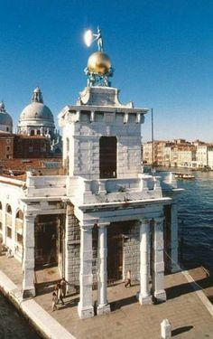Punta de la Dogana, parte el Gran Canal y el Canal de la Giudecca, Venecia Italia