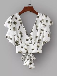 Shop Foliage Print Tie Back Crop Blouse online. SHEIN offers Foliage Print Tie Back Crop Blouse & more to fit your fashionable needs. Sewing Clothes, Diy Clothes, Sewing Bras, Clothes Women, White Ruffle Blouse, Ruffle Top, Casual Outfits, Cute Outfits, Vetement Fashion
