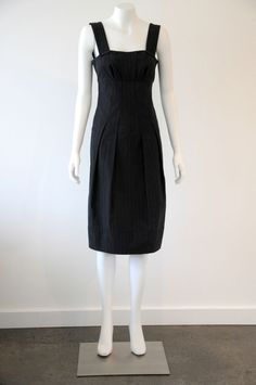 Veronika Maine  Women s Thick Cotton Dress With Pleated Detail EUC {Size 6}