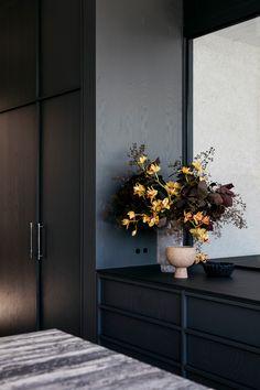 Spanish Queen, Interior Architecture, Interior Design, Victorian Architecture, Interior Styling, Limestone Flooring, Red Tiles, Stucco Walls, Beautiful Flower Arrangements