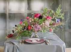 Love the shape of this centrepiece!