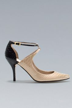 Low Heel Pump: For those classy nights out (that also work for meetings with the dean!).    Zara Mid Heel Pointed Shoe