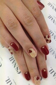 <3 Red/Gold Glittery Nails w/ Heart Designs