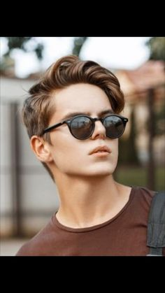 Thick hair styles Medium length hair styles Mens hairstyles Medium hair styles Mens hairstyles medium Balding mens hairstyles - 30 Perfect Hairstyle Ideas For Men That Looks Cool - s Quiff Hairstyles, Cool Hairstyles For Men, Hairstyles 2018, Men's Haircuts, Hairstyle Men, Mens Longer Hairstyles, Hairstyle Ideas, Retro Hairstyles, Classic Mens Hairstyles
