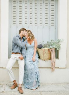 A romantic and stylish engagement session in the small town of Grignan. Photographed by Provence, France destination film wedding photographer, Alicia Lacey. Engagement Photo Outfits, Engagement Pictures, Engagement Shoots, Engagement Photography, Wedding Photography, Photographer Outfit, Fair Photography, Couple Photography, Winter Engagement