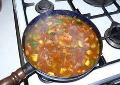 Czech Recipes, Ethnic Recipes, Gaps Diet, Zucchini, Curry, Good Food, Food And Drink, Vegetarian, Treats