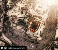 Fantastický záber  #praveslovenske od @peterfuto.artphoto  Nitra castle from my hometown Nitra in Slovakia.  #slovakia #slovensko #nitra #nitracastle #castle #winter #history #trees #hill