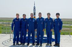 https://flic.kr/p/vLx88h | Expedition 44/45 Prime and Backup Crew Members | At the Cosmonaut Hotel crew quarters in Baikonur, Kazakhstan, the Expedition 44 prime and backup crewmembers pose for pictures during media day activities July 15. From left to right are backup crewmembers Timothy Peake of the European Space Agency, Yuir Malenchenko of the Russian Federal Space Agency (Roscosmos) and Timothy Kopra of NASA and prime crewmembers Kjell Lindgren of NASA, Oleg Kononenko of Roscosmos and…