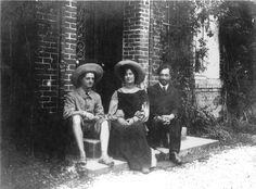 The legend of Isadora Duncan Isadora Duncan, Couple Photos, Couples, Painting, Art, Couple Shots, Art Background, Painting Art, Couple