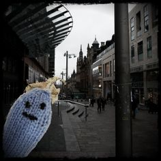 Out shopping on Buchanan Street, Glasgow. Friendly #microbe needs some buddies #KnitMeAFriend  http://www.glasgowcityofscience.com/get-involved/knitting-microbes