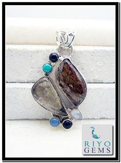 Gemstone silver pendant by Riyo Gems www.riyogems.com