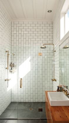 Classic shower w/subway tile