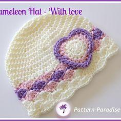 Crochet Baby Hats Chameleon Hat pattern by Maria Bittner Crochet Baby Sweaters, Crochet Kids Hats, Crochet Crafts, Crochet Projects, Knitted Hats, Bonnet Crochet, Crochet Cap, Crochet Beanie, Baby Hut