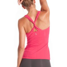 love the twisted straps on this workout tank