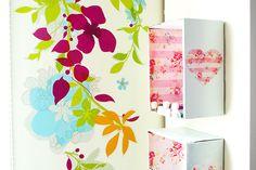 Nicho decorativo de caixa de papelão é lindo e pode ter o estilo que você quiser (Foto: onceuponherdream.blogspot.com.br)