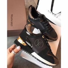 0c26d479c905 Louis Vuitton lv woman shoes casual trainers sneakers Casual Trainers