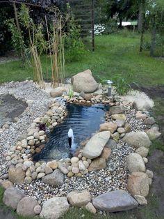 neu angelegt - kleiner Gartenteich