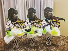 Jurassic Park Centerpieces Birthday Party At Park, Dinosaur Birthday Party, 6th Birthday Parties, 4th Birthday, Birthday Ideas, Park Party Decorations, Birthday Party Centerpieces, Jurrassic Park, Jurassic Park Party