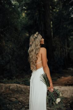 Cornrow Hairstyles Todays post is all about keeping things classic and chic. I love wearing white when theres snow on the ground because it seems wrong but is so right! Boho Bridal Hair, Beach Wedding Hair, Wedding Hair Down, Boho Wedding, Wedding Bride, Dream Wedding, Civil Wedding, Bridal Gown, Bride Hairstyles