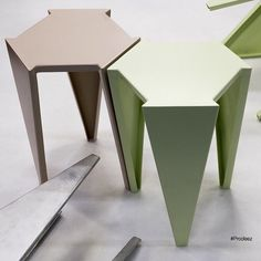 "2,257 Me gusta, 5 comentarios - Prodeez l Product Design (@prodeez) en Instagram: ""Hexa Duet by Project-J.Co. for more info and images visit www.prodeez.com #furniture #stool…"""