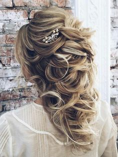 Beautiful long hair bridal hairstyle! find your dream wedding gown www.customdreamgowns.com
