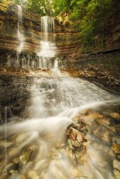 Waterfalls at the Geary County Lake near Junction City, Kansas, USA