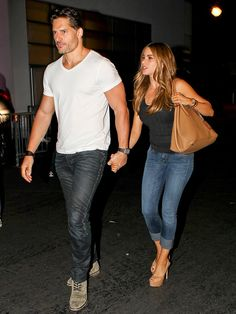 Star Tracks: Monday, August 4, 2014 | HOLD ON YOU | Another day, another sweet outing for Joe Manganiello and girlfriend Sofia Vergara, who make a hand-in-hand appearance Friday at the Hollywood Bowl.