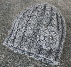 Grå lue i alpakka og silke Knitting For Kids, Crochet, Wool, Gray, Inspiration, Design, Gloves, Beanies, Tricot