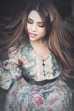 Modelo: Marta Segovia Make Up &Hair: Maria Luisa Peña. Vestuario: Bailly…